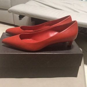 NWOT gucci red heel shoes